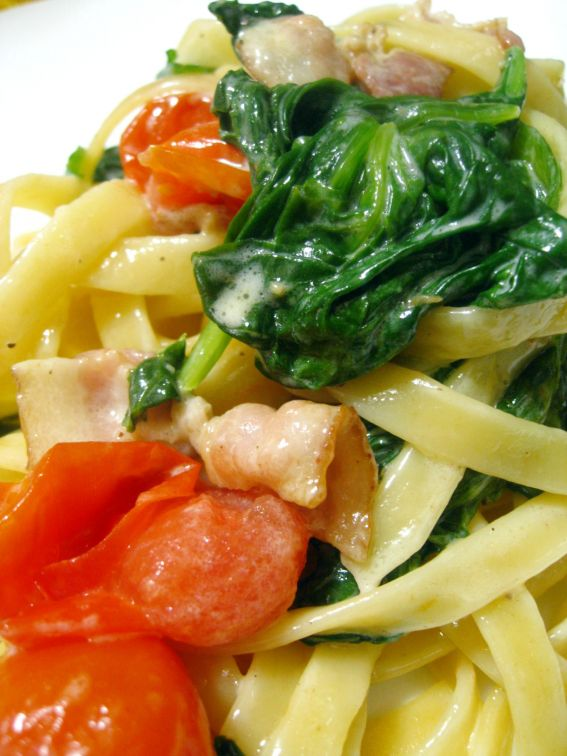 Spinach Bacon Fettucine Pasta